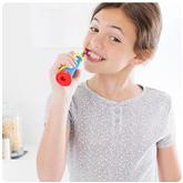 Electic toothbrush Braun Oral-B Frozen + travel case