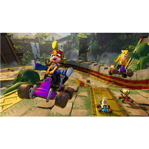 Xbox One game Crash Team Racing Nitro-Fueled