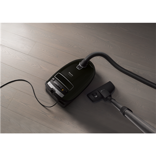Vacuum cleaner Miele C3 Score Black